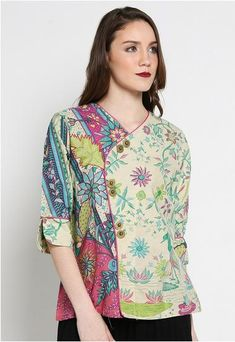Trendy Sewing Patterns For Women Tunic Design Ideas Batik Blazer, Blouse Batik, Model Dress Batik, Batik Dress, Batik Kebaya, Batik Fashion, Tunic Designs, Frocks For Girls, Fashion 101