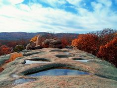 Ever heard of the Elephant Rocks State Park in MISSOURI? You'll love all the standing boulders whilst camping or RVing this beautiful state. Check out the best Campgrounds & RV Parks in the area too!