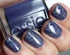 Essie No More Film nail art Nail Polishes, Manicure And Pedicure, Nail Polish Designs, Nail Designs, Essie, Sassy Nails, Pretty Hands, Pedicures, Nickel Silver