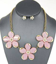 Flower Gemstone Necklace