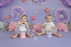 SBurritt Photography Canada Twin cake smash pink purple stars glitter girls