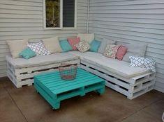 DIY Pallet Patio Furniture http://www.uk-rattanfurniture.com/product/garden-furniture-set-table-chair-and-sofa-rattan-conservatory-patio-garden/ #palletsofatablediy