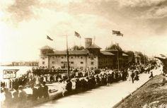 Early 1900's Redondo Beach Pier area.