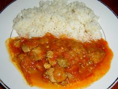 Chana Masala, Curry, Chicken, Meat, Ethnic Recipes, Technology, Red Peppers, Curries, Buffalo Chicken