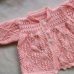 @orguhanim #bebekbattaniyesi#bebekyeleği#bebekberesi #bebeksapkasi#rengarenk#knitting#bebişler #knitstagram #bebekpatik #goznuru #pembe#deryalıgünler #crochetersofinstagram #crochetlover #crochetbraid #happyholloween #siparisalinir #crochetting #10marifet #bebekceyizi#crochet#bebekhediyesi#crochetaddict #crochetblanket#baby #mywork #bebeğim by orguhanim
