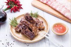 Le costine alla griglia sono un succulento secondo piatto di carne, ideale per i barbeque di primavera!