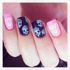 skull #nail #nails #nailart LOVE THeSe NaIls