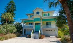 Willow Beach House Anna Maria (Florida) Willow Beach House offers accommodation in Anna Maria, 29 km from Sarasota. The holiday home features air conditioning and free WiFi. Free private parking is available on site.  The kitchen comes with a dishwasher.