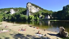 One of the best spots on the Dordogne, just east of Vitrac. Great spot for a bit of river swimming or a stop on a canoe journey.