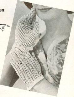 Ladies Cotton Shortie Gloves - vintage crochet pattern