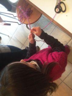 Annoula's mom (Eratos and Dimitri's as well): Σύρμα και Νήμα - Εργαστήρι χειροτεχνίας για παιδιά...