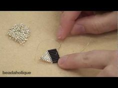 Video: how to bead make classic Native American style earrings in brick stitch with fringe using bugle beads and seed beads from Megan Milliken .  #Seed #Bead #Tutorials