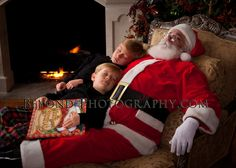 Fun Santa picture ideas! Recreate at home with one of our Santa Wigs! http://www.mycostumewigs.com/shsabesaclco.html