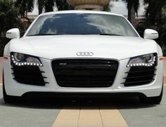 'Somebody pinch me' this Audi R8 drop dead gorgeous. Click for more. #R8 #spon