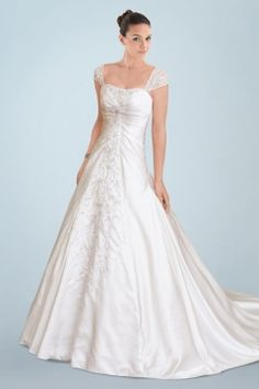 Capped Sleeve Featured Princess Wedding Dress with Exquisite Lace Motif Detail and Romantic Chapel Train