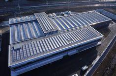 Prefabbricato e impianto fotovoltaico da 275 kWp realizzati da Baraclit in Canton Ticino, Svizzera.