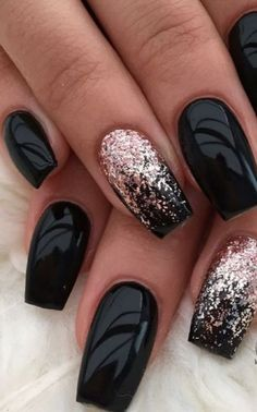 Pretty Winter Nails Art Design Inspirations 26 nail designs for summer nail designs for short nails 2019 nail art stickers online best nail stickers best nail polish strips 2019 Black Acrylic Nails, Black Nail Art, Matte Black, Black Ombre, Black Nails With Gold, Black Shellac Nails, Winter Acrylic Nails, Gold Glitter, Black Nails Short