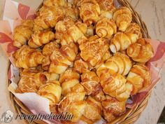 Érdekel a receptje? Kattints a képre! Shrimp, Recipies, Muffin, Pizza, Chicken, Meat, Croissant, Foods, Cakes