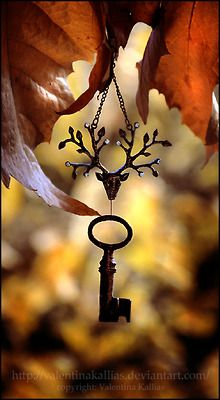 old keys and fall colors, love.