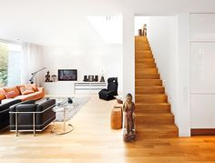 Stairs & stair railing made of wood. Banister Rails, Banisters, Stair Railing, Wood Parquet, Wooden Flooring, Stairways, Decoration, My House, Sweet Home