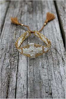 Bead Bracelet Gold and White Tones