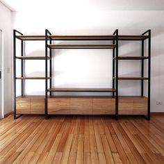 Aparador Chicago Metal Furniture, Industrial Furniture, Diy Furniture, Closet Bedroom, Home Bedroom, Rack Tv, Industrial Wallpaper, Home Entertainment Centers, Frame Shelf