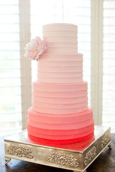 Ombre cake, i watch way too much cake boss Beautiful Wedding Cakes, Gorgeous Cakes, Pretty Cakes, Amazing Cakes, Take The Cake, Love Cake, Bolos Cake Boss, Pink Ombre Cake, Theme Color