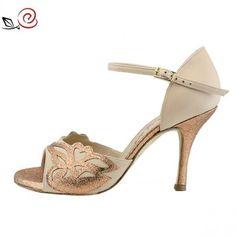 italian tango shoes for women Tango Shoes, Dancing Shoes, Social Dance, Partner Dance, Argentine Tango, Ballroom Dancing, Trendy Shoes, Kitten Heels, Bronze