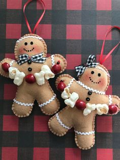 Gingerbread Ornaments / Xmas Tree Gingerbread Ornaments / Christmas Tree Decoration / Set of 2 / Felt Gingerbread Christmas Decoration Christmas Tree Decorations Sets, Christmas Mesh Wreaths, Deco Mesh Wreaths, Yarn Wreaths, Winter Wreaths, Floral Wreaths, Burlap Wreaths, Spring Wreaths, Summer Wreath