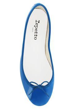 Los zapatos mas iconicos de la historia: bailarina Cendrillon de Repetto ... Hermosos..