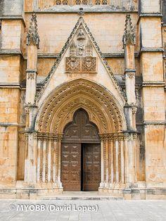 Mosteiro da Batalha, Portugal, portal lateral
