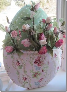 how i made an egg door decoration, crafts, easter decorations, seasonal holiday d cor, This was my mother s She loves roses Book Page Wreath, Garden Globes, Globe Decor, Estilo Shabby Chic, Diy Plant Stand, Ideas Geniales, Wreath Forms, Boho Diy, Halloween Season