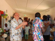 Anche quest'anno ho festeggiato il mio compleanno con i miei ragazzi nella casa famiglia a Togoville. Impossibile non essere coinvolto nelle danze ritmiche del luogo