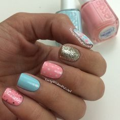 Pink,blue and gold,mani