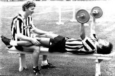 Juventus' Zbigniew Boniek and Michel Platini lifting at Villar Perosa training ground, 1983  pic.twitter.com/XppybDHIJD  Embedded image permalink