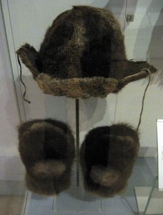 1950s Ojibway (First Nations) Beaver skin cap and mittens at the Royal Ontario Museum, Toronto