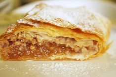 Strudel, Apple Pie, Lasagna, Sweet Tooth, Food And Drink, Sweets, Ethnic Recipes, Tarts, Mince Pies