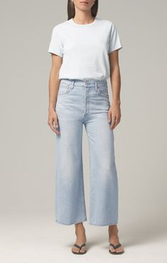Cropped Jeans Outfit, Cropped Wide Leg Jeans, Wide Leg Pants, College Fashion, Citizens Of Humanity, Jean Outfits, Stretch Denim, Black Denim, Legs