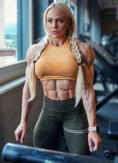 Fitness Workout For Women, Fitness Models, Cheer Abs, Modelos Fitness, Ripped Girls, Fitness Motivation Pictures, Muscular Women, Muscle Girls, Bikini Workout