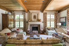 Great Room   Family Room   Traditional   Ceiling Beams   Fireplace   Just Perfect!