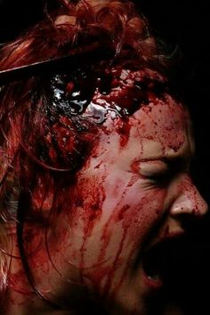 Special effects by make-up artist Carla Dias Scary Makeup, Sfx Makeup, Costume Makeup, Makeup Art, Movie Special Effects, Special Effects Makeup, Horror Pictures, Creepy Pictures, Creepy Images