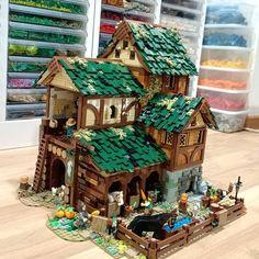 Lego Words, Lego Kingdoms, Lego Furniture, Medieval Furniture, Lego Craft, Medieval Houses, Lego Photo, Lego Modular, Lego Castle