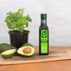 This super versatile oil has a smooth yet grassy flavour, making it  brilliant for high heat stir fries and general frying, as well as making  delicious raw vinaigrettes or finishing dishes with a drizzle.   And  there's health benefits - studies have shown that regular consumption of  Avocado Oil improves the ratio of good to bad cholesterol.  It also  contains Vitamin E, a natural anti-oxidant.