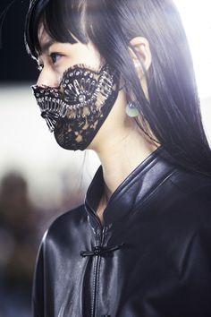 masks New York Fashion Week Spring 2019 Face mask Fashion Fashion Mask Masks Spring Week York Mouth Mask Fashion, Fashion Face Mask, Alexander Wang, Dark Fashion, Fashion Fashion, Fashion Fabric, New York Fashion, Fashion Details, Editorial Fashion