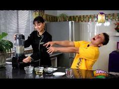 Salsa de cacahuate para rollos vietnamitas: Licuar 1 taza de cacahuate tostado, 2 cdas de aceite de oliva, 2 cdas salsa soya, 2 cms raiz de jengible pelado, 1 diente de ajo, 1/2 taza de agua.