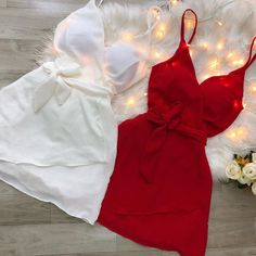 No photo description available. Teen Fashion Outfits, Mode Outfits, Night Outfits, Cute Fashion, Fashion Dresses, Summer Outfits, Cute Casual Outfits, Chic Outfits, Pretty Outfits