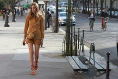 Street Style de Fashion Week Paris   Galería de fotos 28 de 125   VOGUE