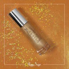 L'huile sèche pailletée corps et cheveux idéale pour illuminer et sublimer votre bronzage !