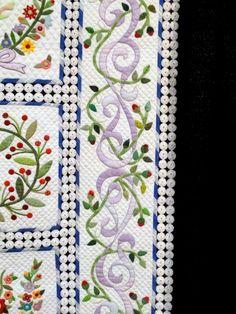 Sue Garman: close-up of border - A Soft Breeze, was made by Kayoko Hata of Yokohama, Kanagawa Pref, Japan
