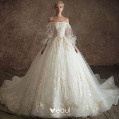 Classy Ivory Wedding Dresses 2019 Princess Off-The-Shoulder Puffy Sleeve Appliques Lace Feather Pearl Chapel Train Ruffle Wedding Gown Puffy Wedding Dresses, Wedding Dresses 2018, Princess Wedding Dresses, Bridal Dresses, Ball Dresses, Ball Gowns, Fantasy Gowns, Fairytale Dress, Ivory Wedding